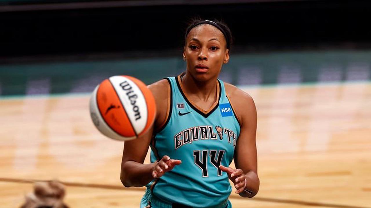 Tina Charles scores 34 as Mystics stop Storm´s winning streak
