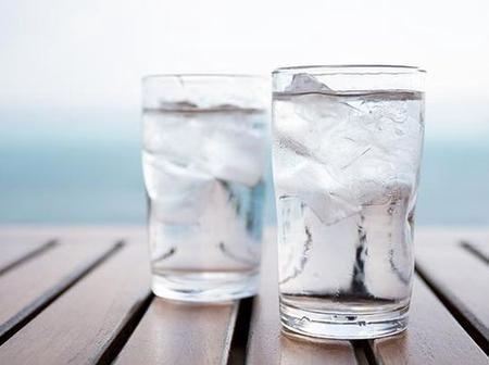 Reasons Why You Should Reduce Your Intake Of Cold Water