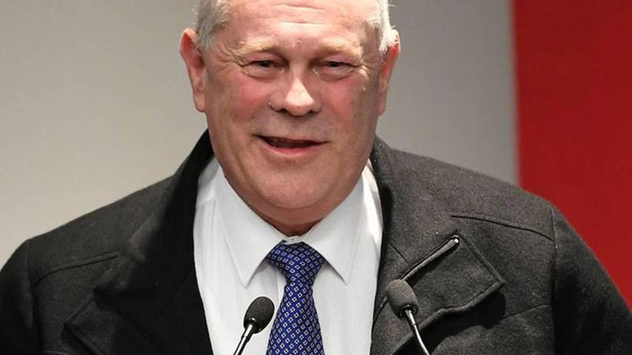 Former New Zealand test batsman John F. Reid dead at 64
