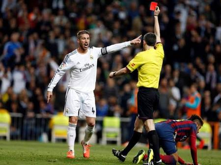 See the player with the highest number of red cards in football (it's not Sergio Ramos)