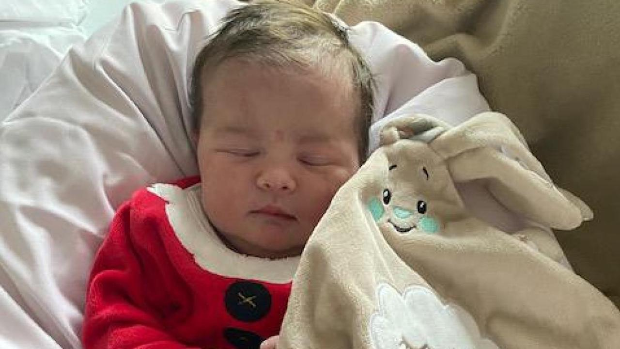 Ninon, premier bébé de Noël au centre hospitalier de Boulogne-sur-Mer