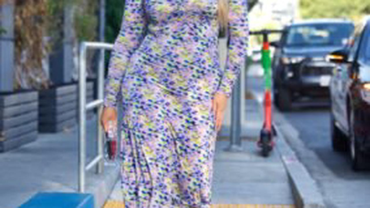 Iskra Lawrence Looks VERY Cute Walking Around Town