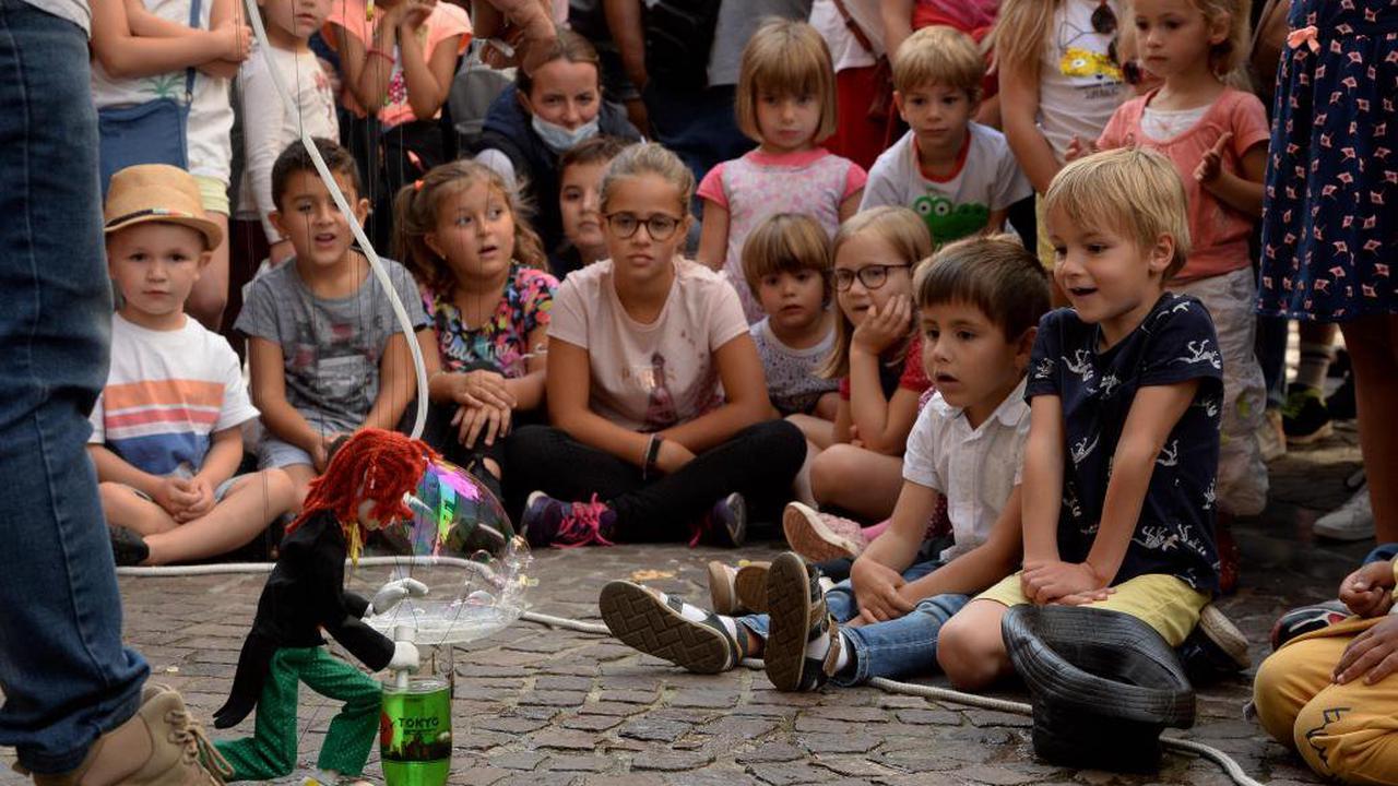 La lumière médiatique braquée sur le Festival des marionnettes de Charleville