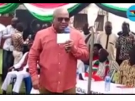 The Citizens Of Ashanti Region Warns John Mahama To Stop Doing This During His Tour In Their Region.