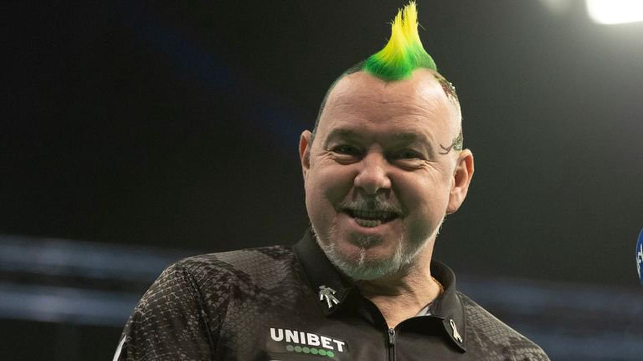 PDC Super Series: Peter Wright wins final event of Pro Tour week in Milton Keynes
