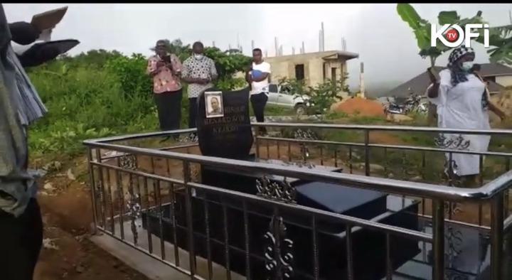 c5aee337908f44e989d136fb397eb076?quality=uhq&resize=720 - Late Bishop Bernard Nyarko's Family Visits His Graveyard At Obosomase To Mark A Year Of His Death