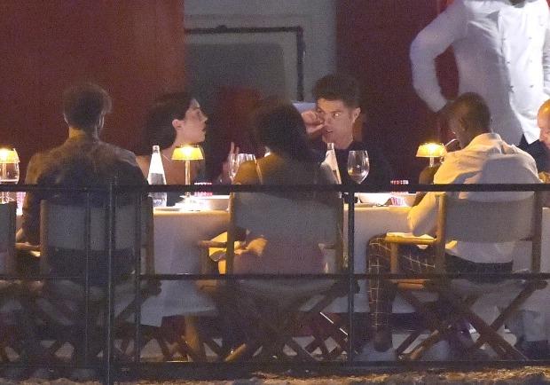 Cristiano Ronaldo and Georgina Rodriguez enjoy romantic dinner with friends in Portofino (photos)
