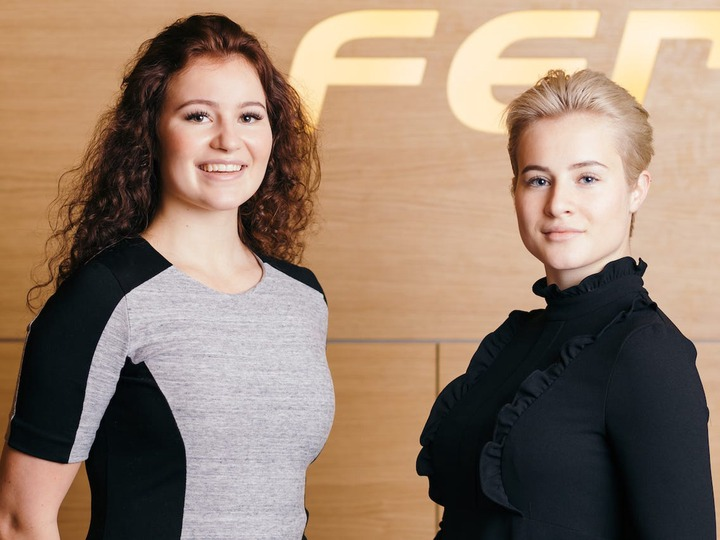 Youngest billionaires in the world, Alexandra and Katharina ...