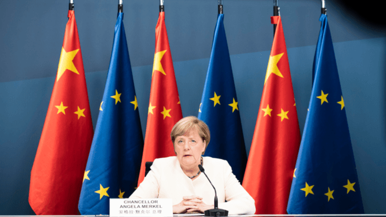 European Union Prepares Investment Pact with Communist China