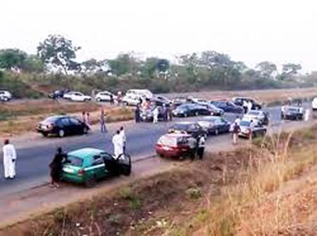 Scores of people reportedly kidnapped today along Kaduna-Abuja Road by gunmen.
