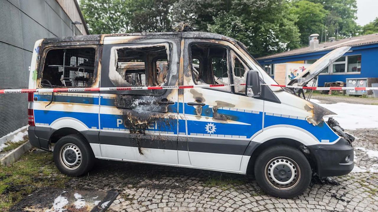 Polizei prüft Bekennerschreiben nach Brandanschlag