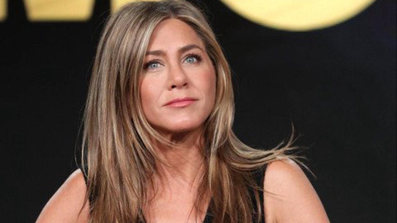 Jennifer Aniston cut people out of her life because they were anti-vax: 'It was unfortunate'