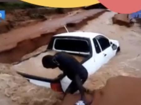 Floods destroyed cars and houses outside Thohoyandou today: see the pictures