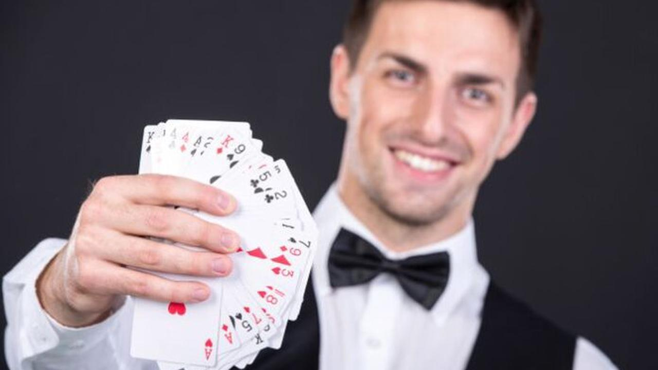 How to Become a Casino Dealer in 3 Easy Steps - 2021 Guide - Opera News