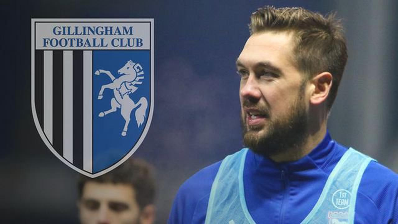 Gills boss Evans on attempts to sign Chambers and a second former Town player