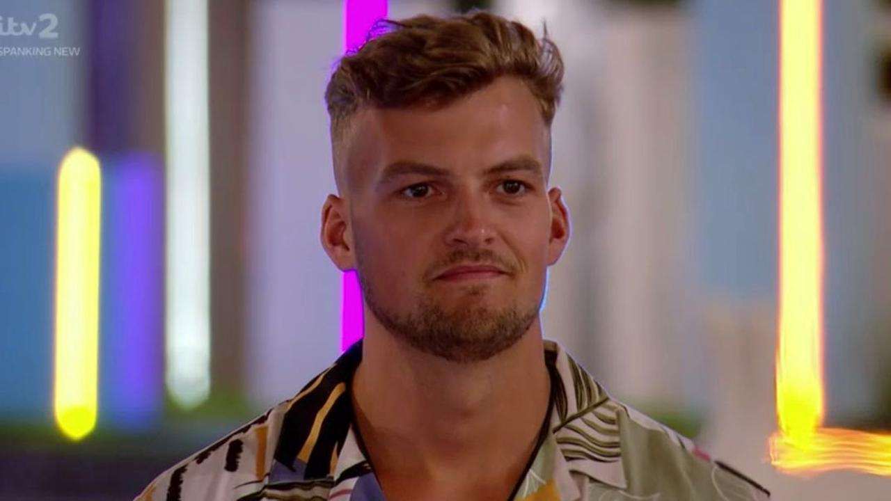 Hugo Hammond dropped HUGE hint he's about to dump Amy