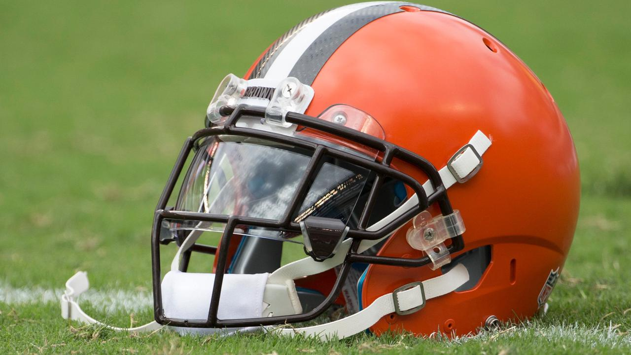 Browns sign 3 draft picks on eve of rookie minicamp