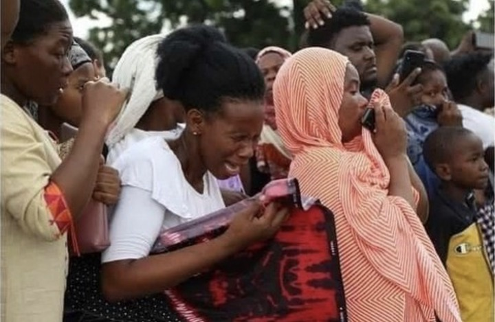 c9dcec556e14488f8b9855ae69c280c5?quality=uhq&resize=720 - Sad Moment: Tears Flow As President John Magufuli's body Is Being Carried To Church - Sad Scenes
