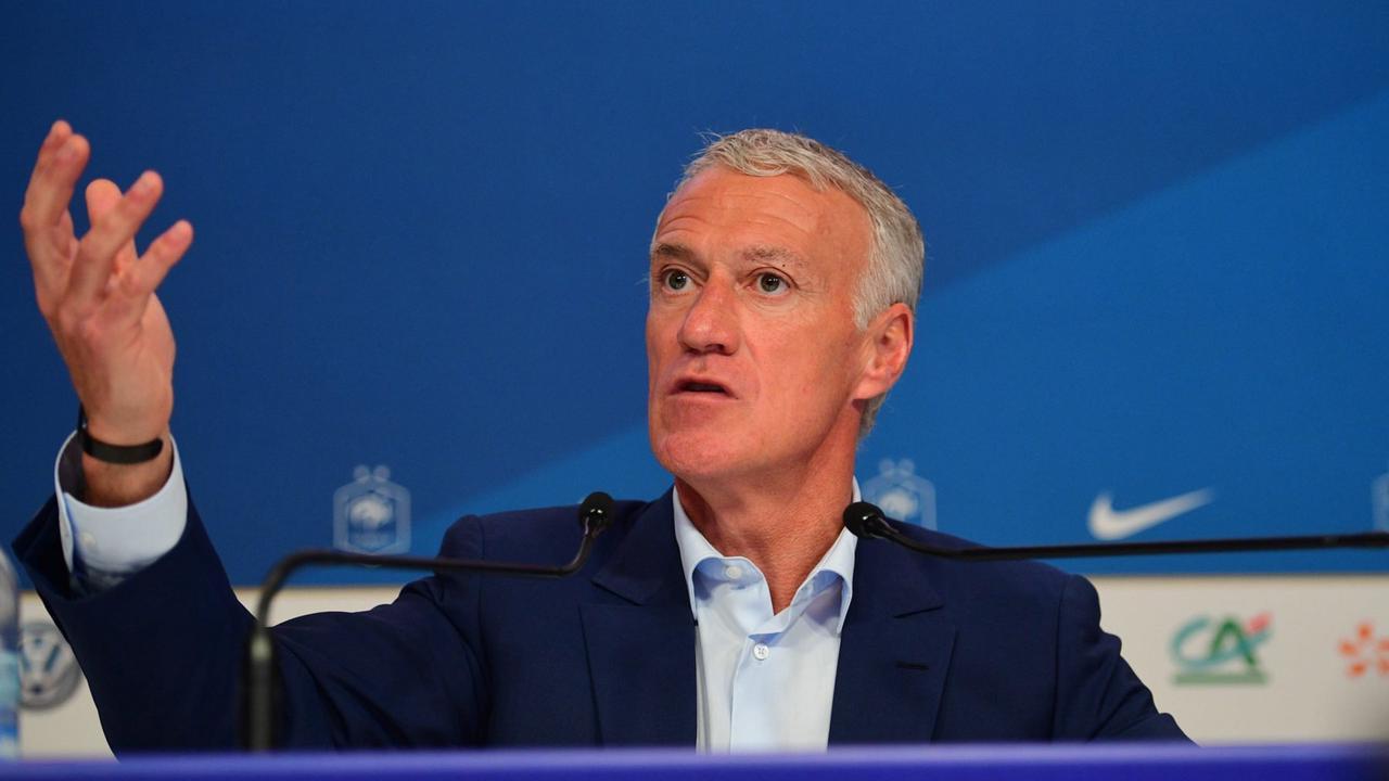 Euro: Deschamps agacé par les problèmes techniques en conférence de presse