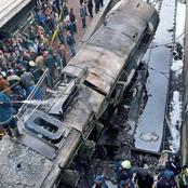 بالصور .. خروج قطار (القاهرة_الإسكندرية) من القضبان.. والعناية الإلهية تنقذ الركاب من كارثة محققة