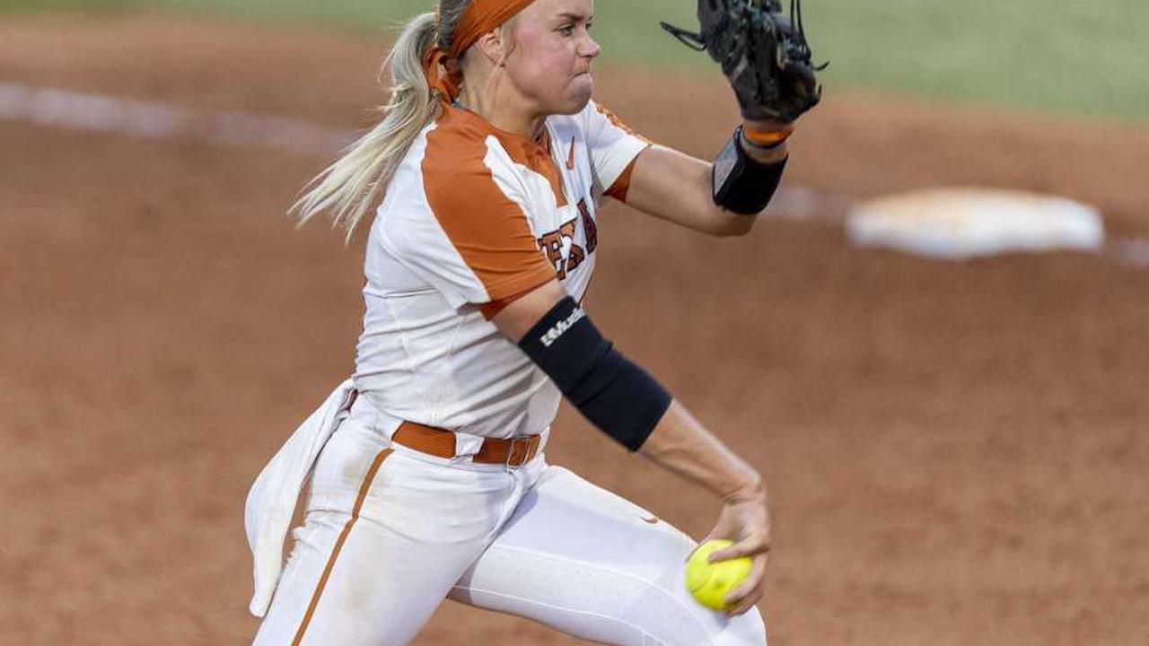 Texas senior softball star Miranda Elish opts out of 2021 season