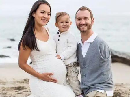 8 Years After Evangelist Nicholas Vuljicic Got Married, See Photos Of Him, His Wife + 4 Children