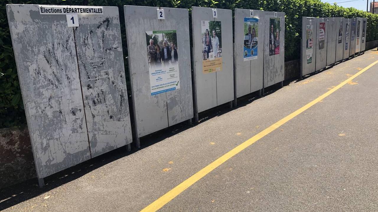 Fontenay-le-Comte. Des affiches de candidats aux élections départementales vandalisées