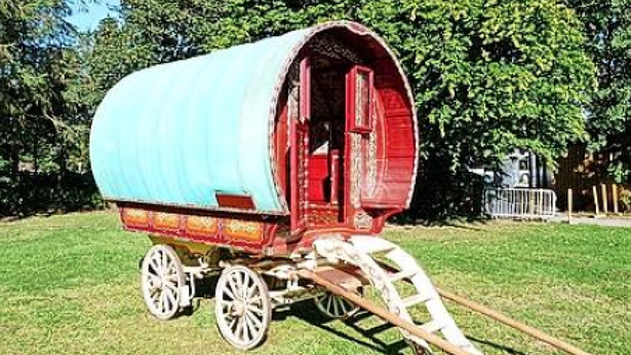 Sir Billy Connolly's caravan to be sold to raise funds for Scots transport museum