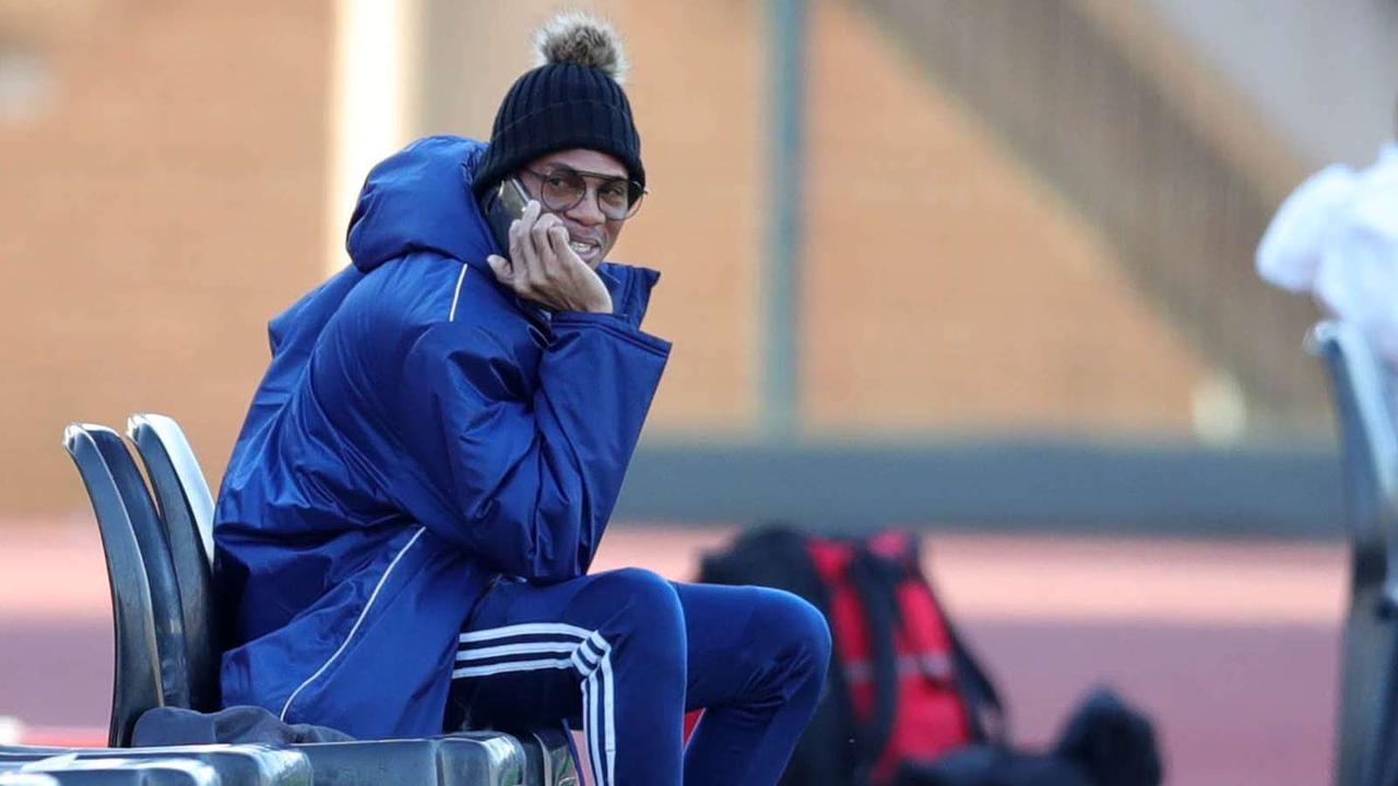 'Mhlongo retirement breaks my heart' - Sangweni on ex-Orlando Pirates keeper's agony | Goal.com