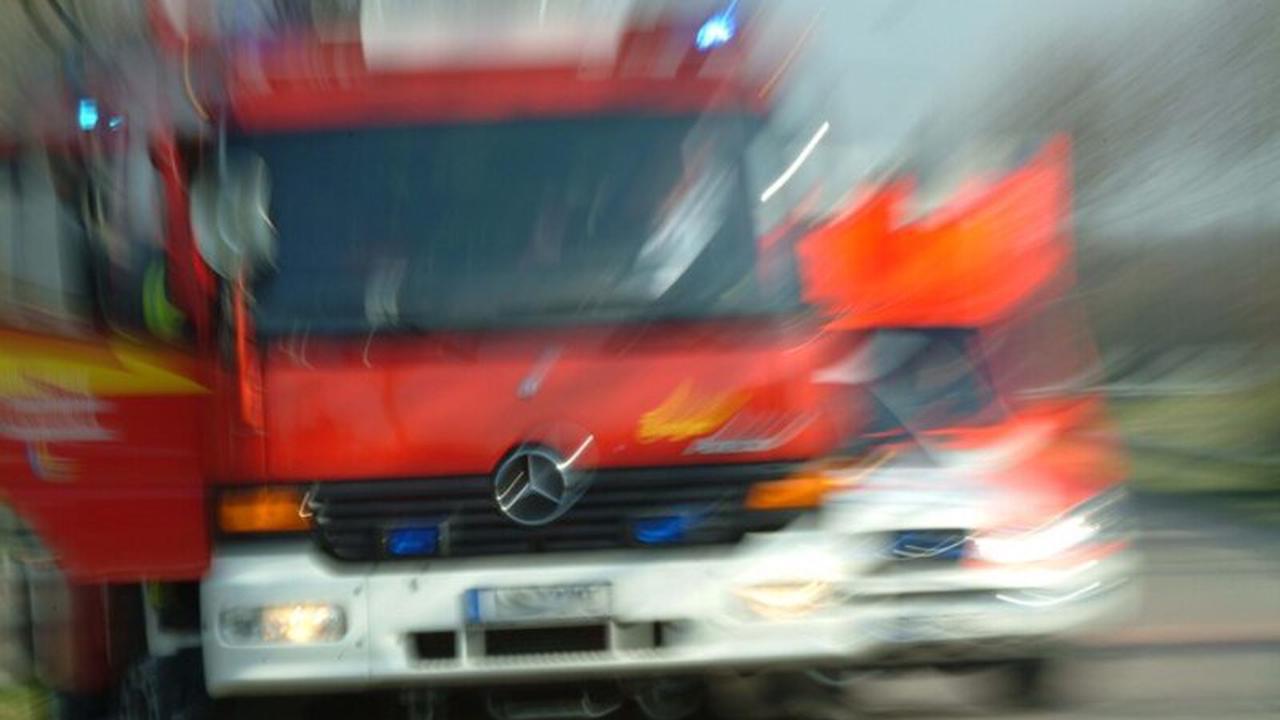 POL-WAF: Warendorf. Mülltonnen auf Schulgelände in Brand gesetzt