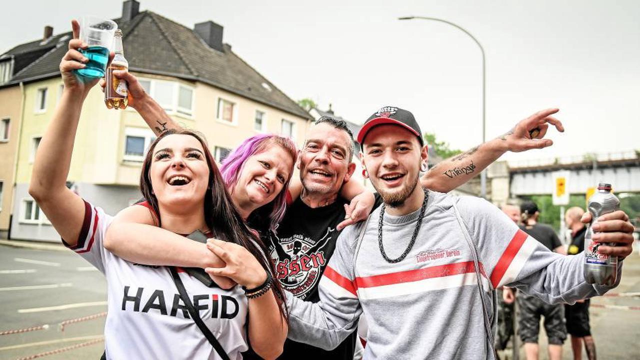 Kein Aufstieg – RWE-Fans auf der Hafenstraße trotzdem stolz