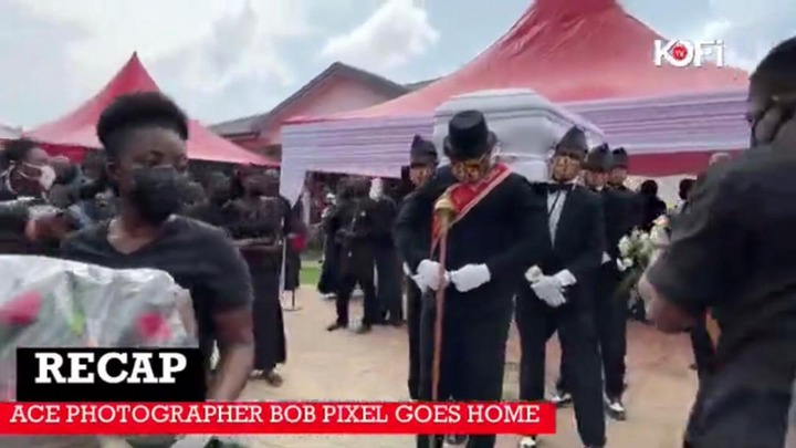 cd18dc718e4a421485b209758a12a221?quality=uhq&resize=720 - The Moment The Popular Dancing Pallbearers Carried The Coffin Of Bob Pixel For Burial With A Display