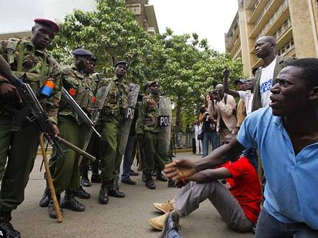 Riots in Eastleigh as Mlango kubwa Residents Forcefully Try to Enter