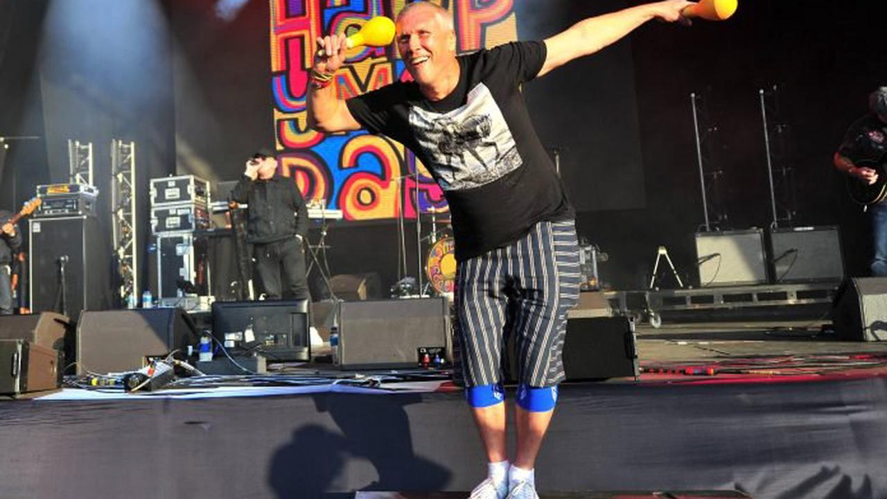 Happy Mondays' Bez to wing-walk on plane for music mental health charity