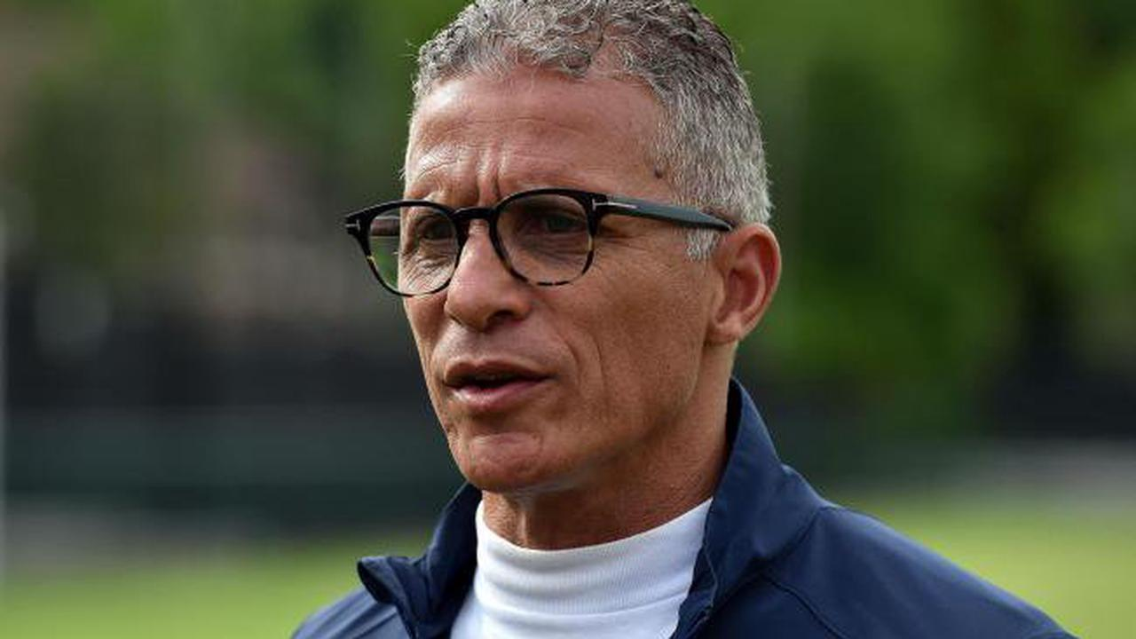 Oldham boss Keith Curle on challenge on balancing defence and attack