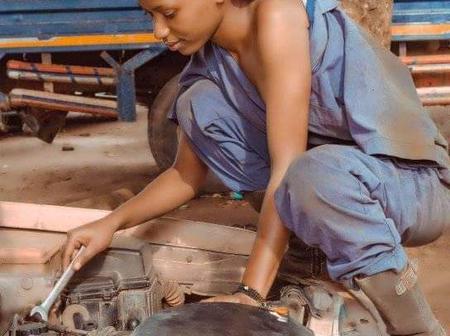 Check Out This Beautiful Fulani-Igbo Girl Who Repairs Cars In Katsina [PHOTOS]