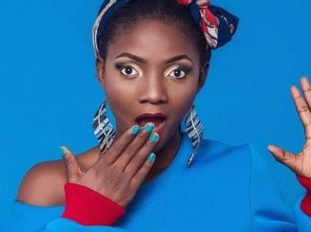 """The World Doesn't Deserve Your Voice, You Should Be In Heaven""- Check out How Simi replied a fan"