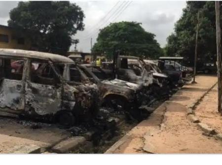 Gunmen attack another Police station in Imo state, sets it ablaze