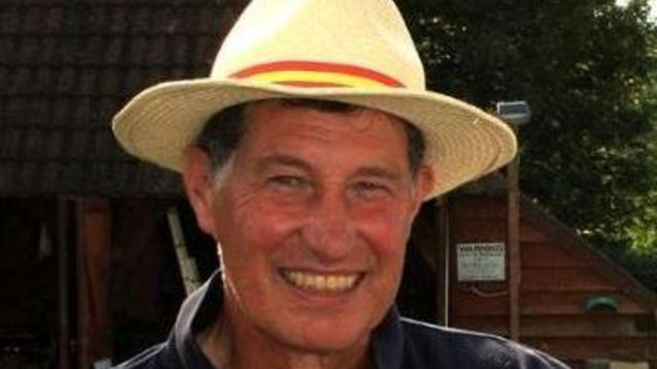Sussex stars and cricket community pay tribute to well-known Horsham president