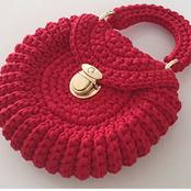 Try out something new today with these crochet handbag designs