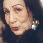 تزوجت بشهادة ميلاد مزورة.. وتزوج ابنها من ابنه ضرتها.. ما لا تعرفه عن الفنانة زوزو نبيل