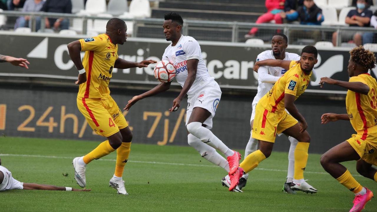 Amiens SC: Lomotey titulaire au milieu contre Nîmes