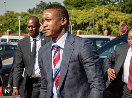 So sad see why Duduzane Zuma can not spend his money in SA