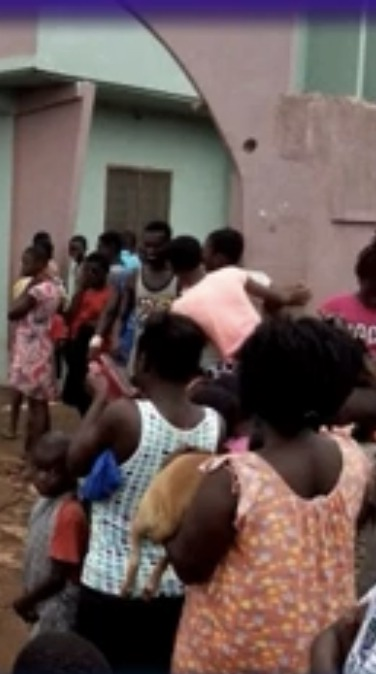 d1002f893b5d41c90c693c92fa47f864?quality=uhq&resize=720 - Residents of Sunyani in fear as strange coffin appears and it refuses to burn even with petrol
