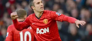 See Manchester United player who plays exactly like Van Persie.