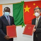 Infrastructures Sportives: la Chine transmet l'acte de propriété du stade D'Ebimpé à la Côte d'Ivoire