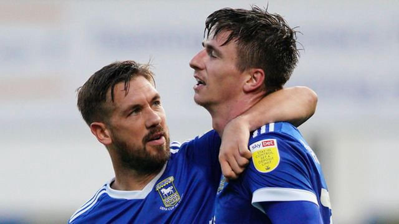 Hawkins leaves Town after just one season as striker makes League Two move