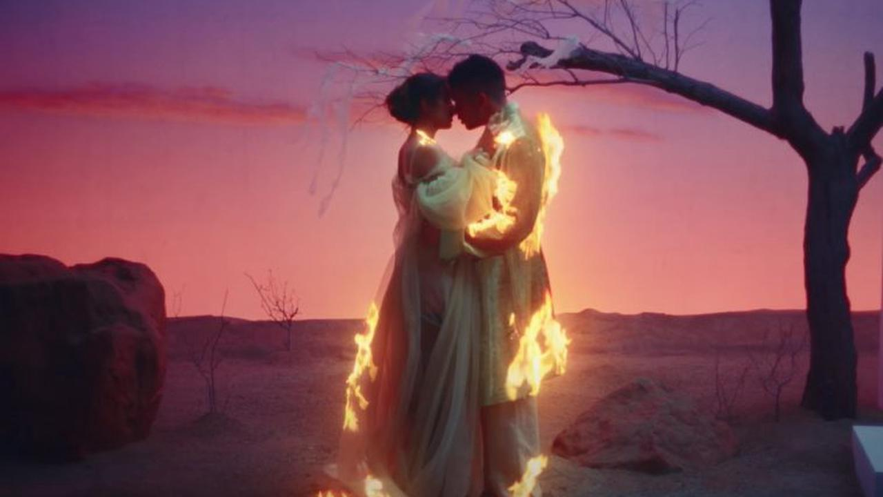 Bad Bunny & ROSALIA's 'La Noche De Anoche' Rockets Into Top 5 On Global YouTube Music Videos Chart