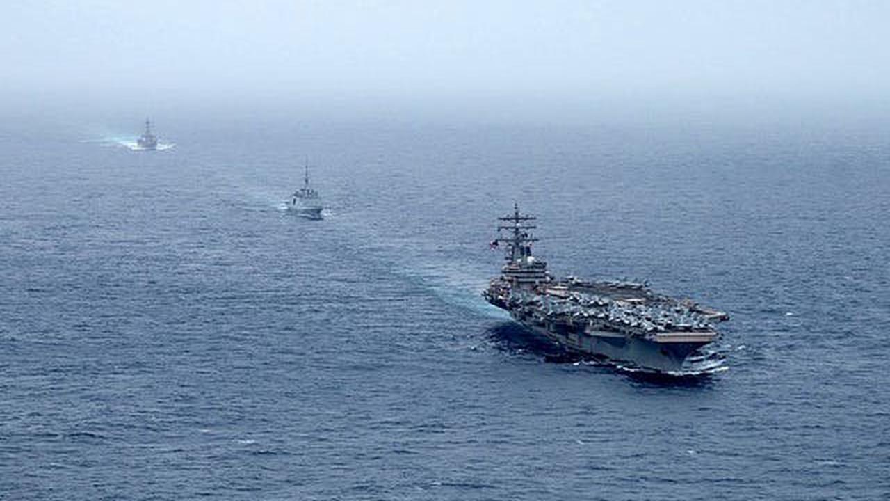 Frachter mit Drohnen angegriffen