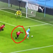 Manchester City Player Got Fans Talking About This United Defender After He Nutmeg Him Tonight